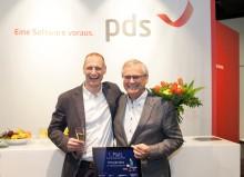 Bild: Die Sieger von #modernbiz: Geschäftsführer Bernd Thrum, thrum und michalowski, mit Vater Thrum Senior.
