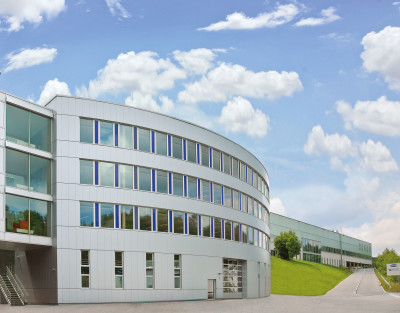 Bild Geschäftsgebäude J. Schmalz GmbH