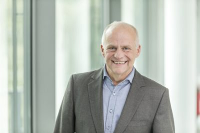 """""""VlexPlus vereinfacht nicht nur nachhaltig unsere Fertigungssteuerung, sondern gibt uns dank integrierter Betriebsdatenerfassung und durchgängiger Prozesse heute einen 360° Blick auf unsere Aufträge und Abläufe"""", so MEVACO Chef Stephan Geiger."""