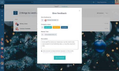 Screenshot Taskworld Collaboration-Software: Screenshot: Abzeichen für Verhalten im Einklang mit bestimmten Unternehmenswerten lassen sich einfach dem Kommentar beifügen.