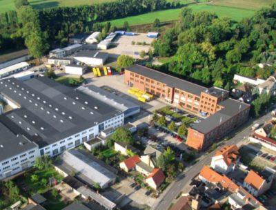 REISS Büromöbel Stammsitz im brandenburgischen Bad Liebenwerda, an dem rund 180 Mitarbeiter beschäftigt sind.